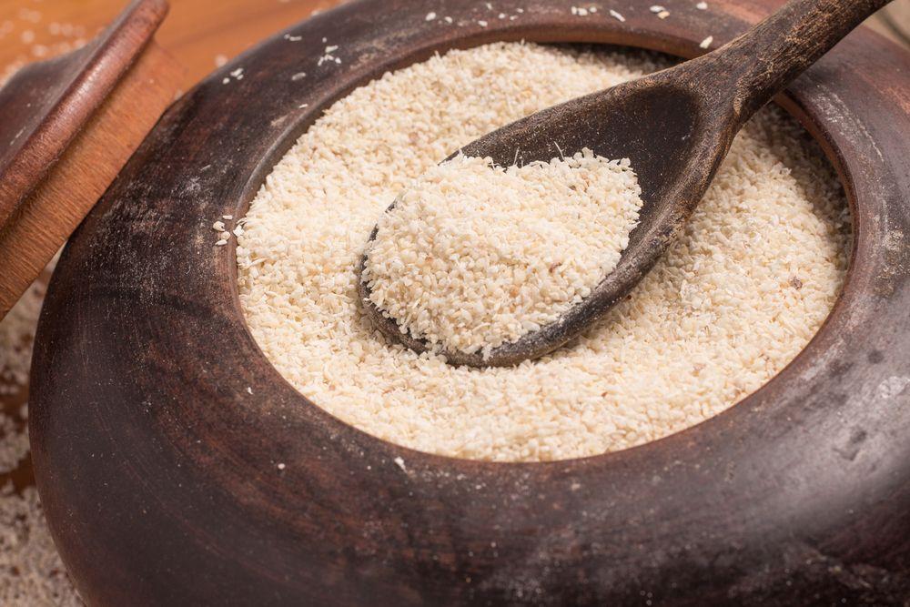 No Norte do Brasil, a farinha de mandioca é mais granulada.